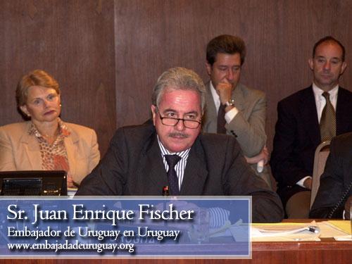 juan Enrique Fischer, embajador de uruguay en paraguay